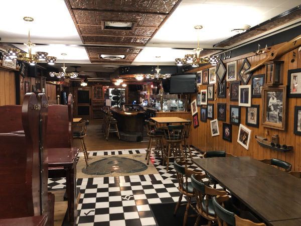 Buckshot's Downtown Bar & Deli
